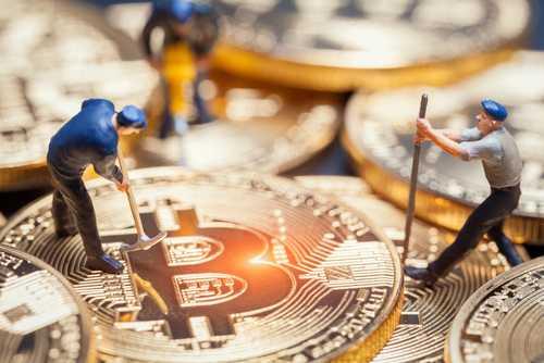 Крупные майнеры не унывают, несмотря на снижение криптовалютного рынка