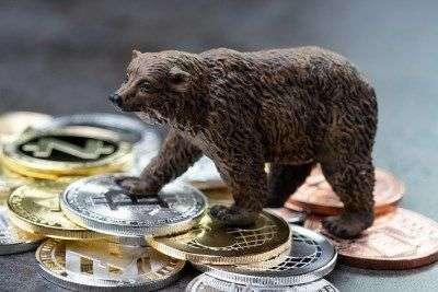 Тренд на ослабление биткоина пока остается доминирующим