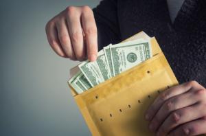 Пользователь Bitfinex мог приобрести 800 BTC ради победы в споре на 5 млн Dogecoin