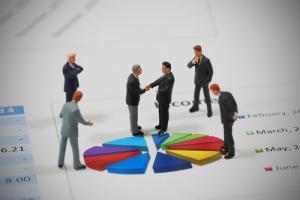 Bloomberg: Трейдеры Binance, Circle, Galaxy и Coinbase обсудили будущее криптовалютной OTC-торговли