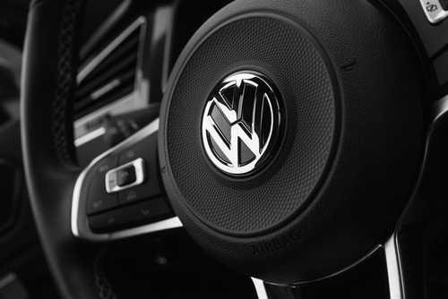 Volkswagen воспользуется технологией IOTA для обновления ПО своих автономных машин