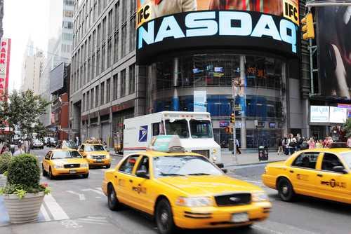 """У торгуемых на Nasdaq """"блокчейн""""-компаний возникли юридические неприятности"""