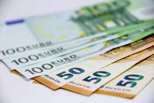 Курс биткоина обновил годовой минимум около $3 400