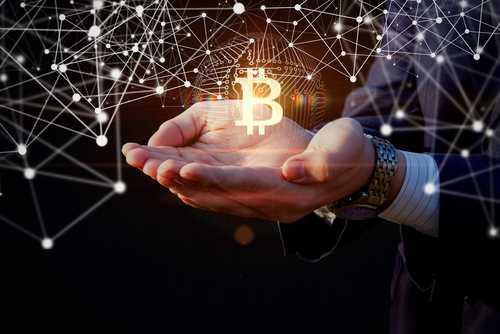 В РАКИБ готовятся к росту биткоина до $50 000 в текущем году