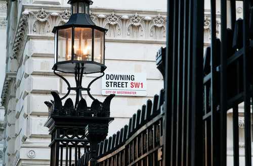 Британские власти подготовили доклад о мерах регулирования криптовалют